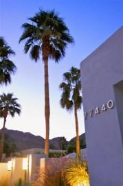 Extravagant modern home in Palm Desert, CA