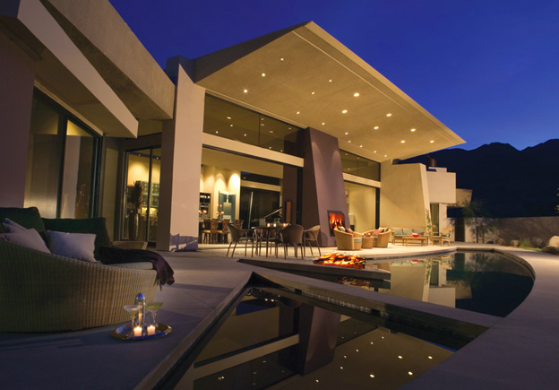 Drama pool at Alta in Palm Springs, CA