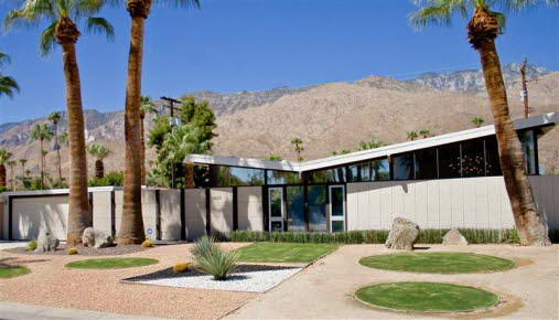 William Krisel Butterfly Roof, Palm Springs, CA, photo by MGPicascio