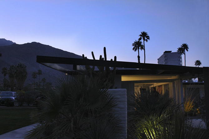 Horizon Hotel at dusk Modernism Week, Palm Springs, CA. Photo by MGPicascio.com
