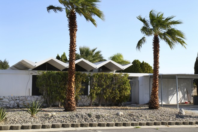 Folded-plate steel roof design of Wexler 1962 Steel Development House